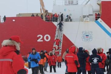 Santa_ship